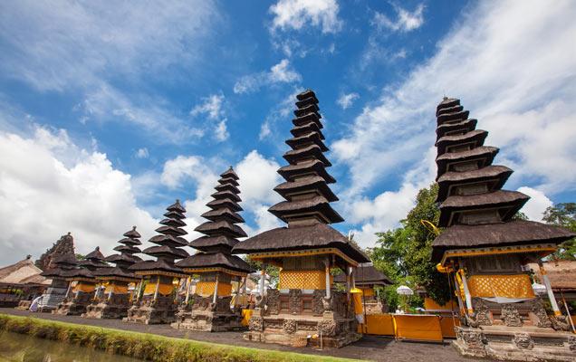 Taman-Ayun-Temple-in-Bali
