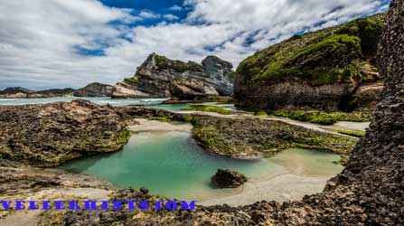 Golden-Bay-rock-pool