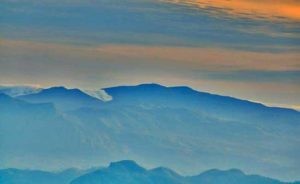 Piduruthalagala Mt
