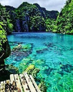 Blue water - Palawan Philippines
