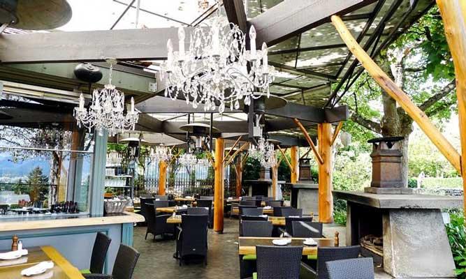 Seasons in the Park Restaurant