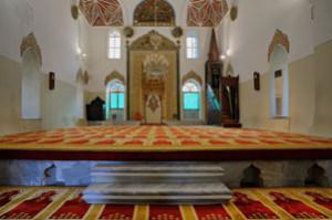 Bursa--inside-mosq