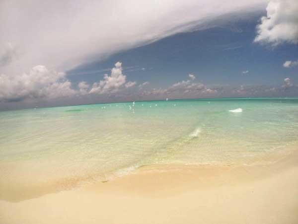 Clean Beach Maldives