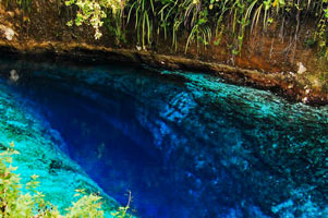 Hinatuan-Enchanted-River