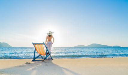 camotes-island-sexy-girl-on-the-beach