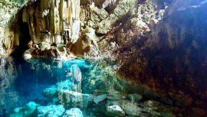 Saturno Cave cuba